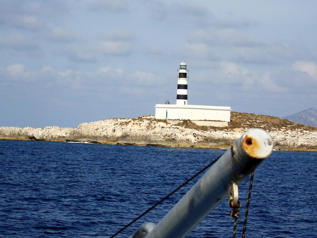Faro dels Penjats, de camino a Formentera