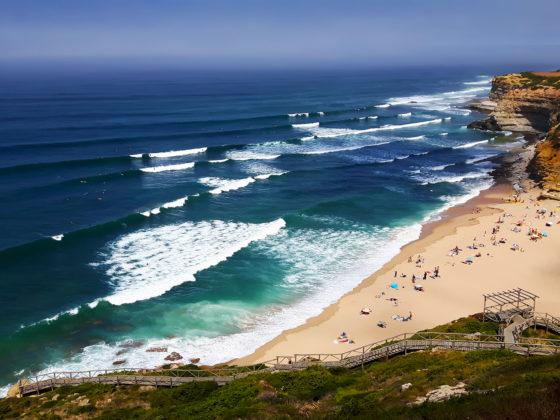 Mirador en lo alto de la playa Ribeira D'Ilhas