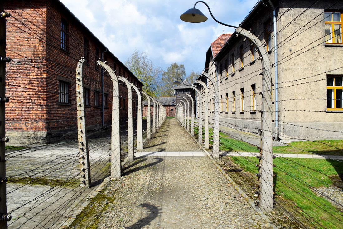 Alambradas en Auschwitz I