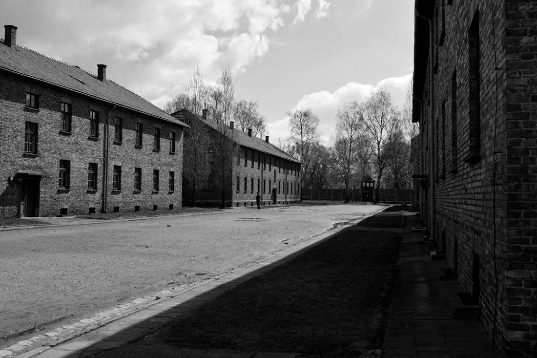 Los campos de Auschwitz siguen en pie como un monumento a la barbarie. Son el recuerdo de lo que no puede volver a pasar