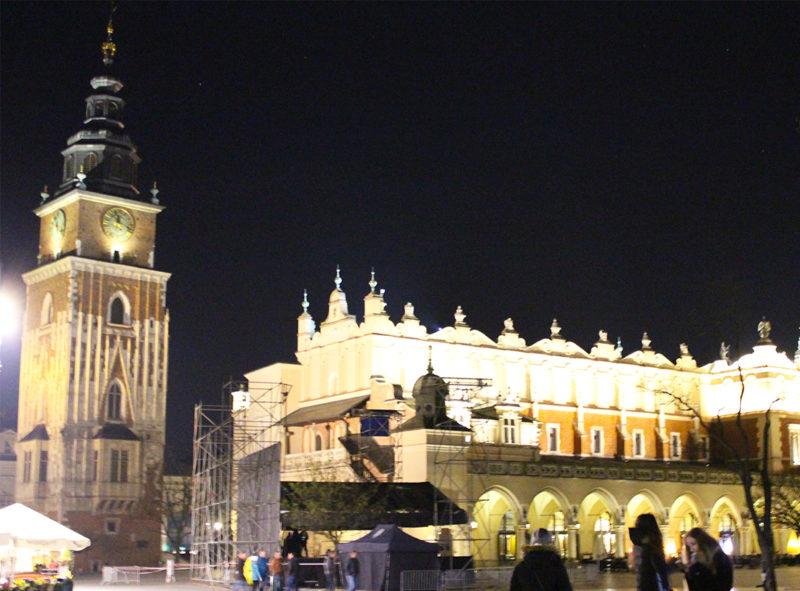 Torre del antiguo Ayuntamiento en Cracovia