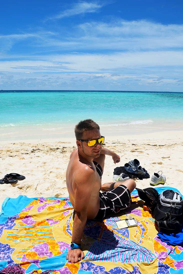 Playa en Maafushi, Maldivas