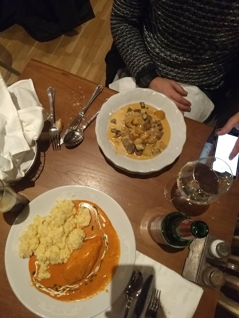 Comida en Guettó Gulyás Budapest