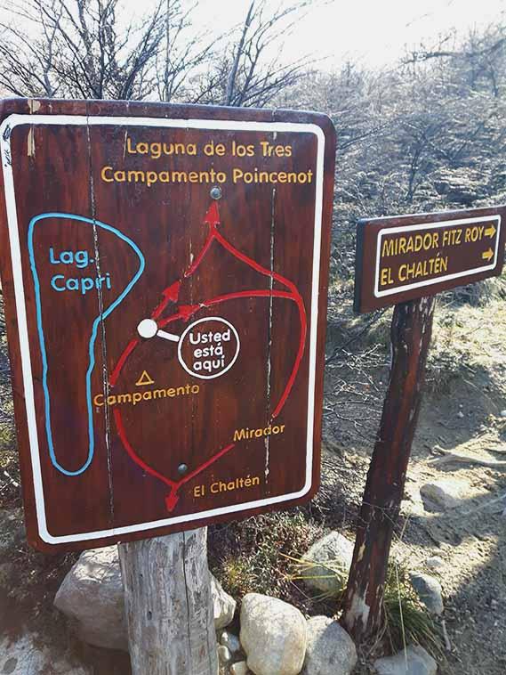 Cartel indicador Ruta a Laguna de los Tres