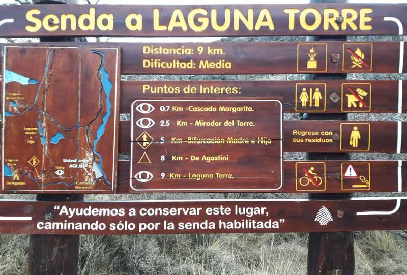 Cartel Sendero a Laguna Torre en El Chaltén