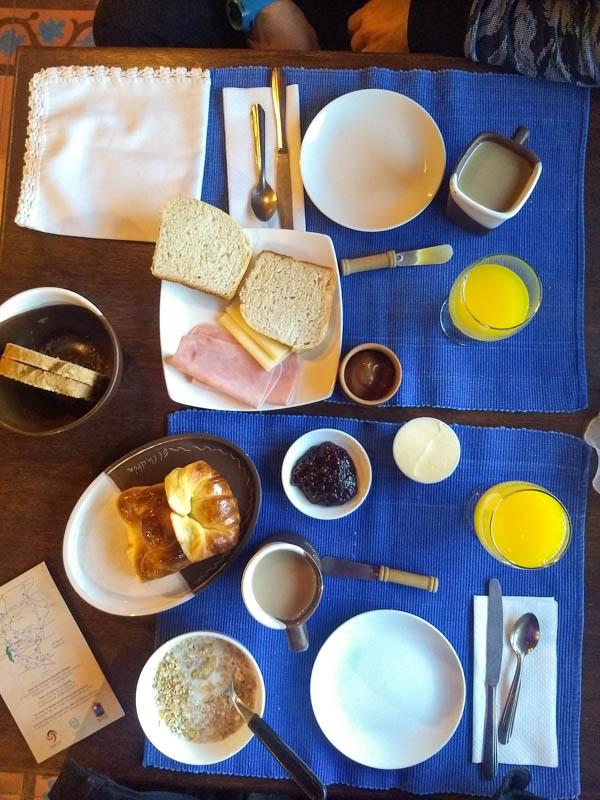 Desayuno hotel Patagonicus El Chalten