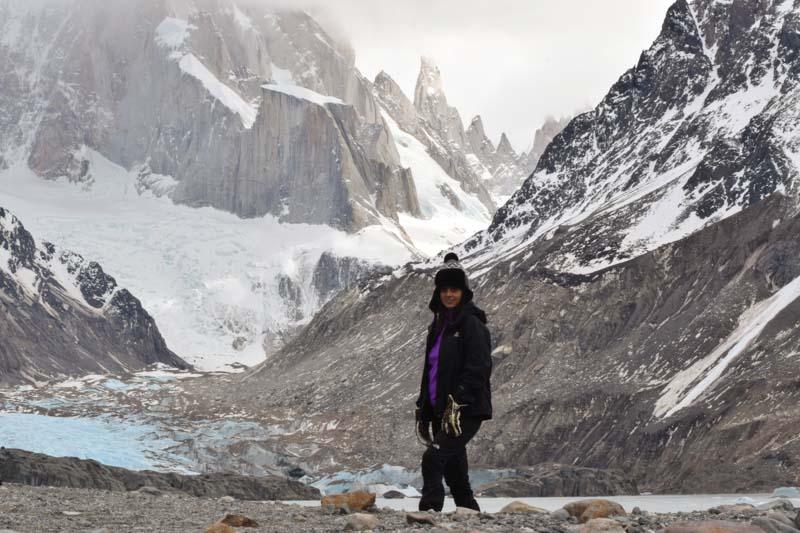 Laguna glaciar y cerro Torre Patagonia