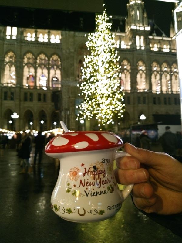 Ponche en mercadillo navidad Viena