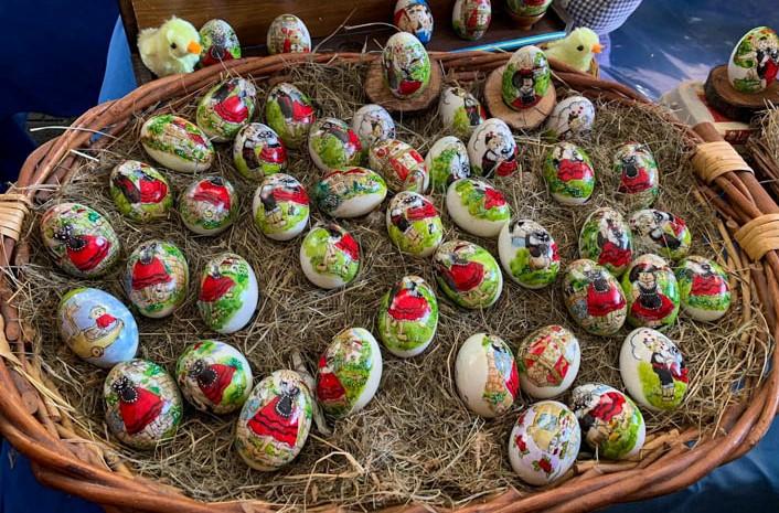 Pola de Siero Huevos Pintos