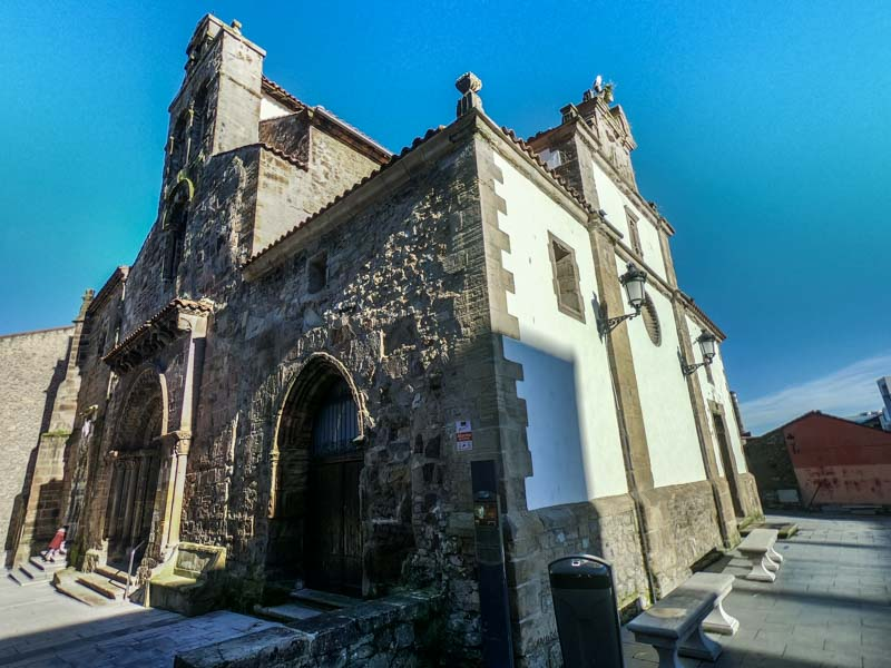 Iglesia de los Padres Franciscanos Avilés
