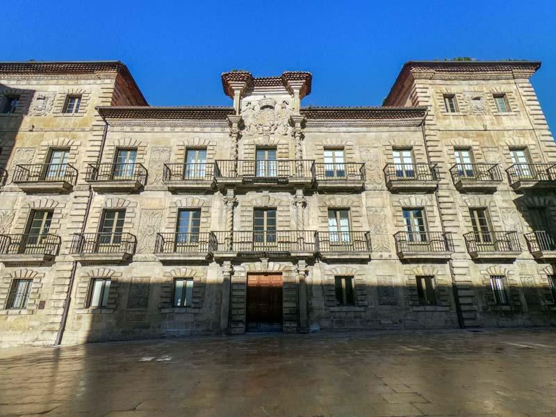 Palacio de Camposagrado escuela de Arte