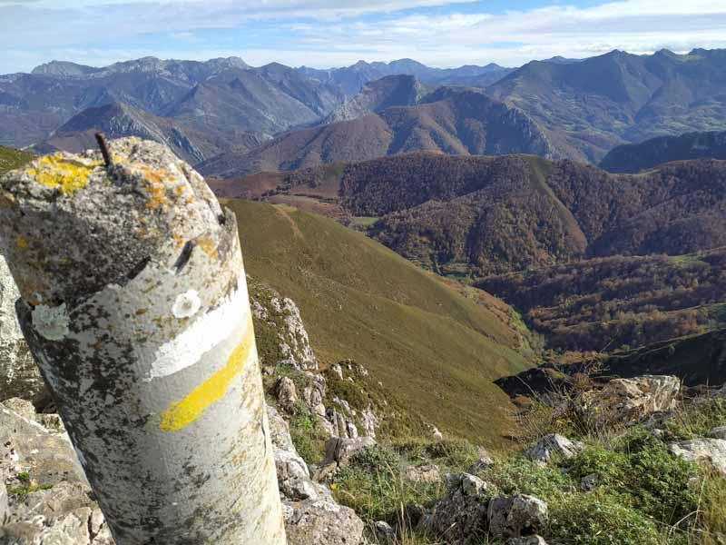 Vsitas desde el Pico Cuyargayos