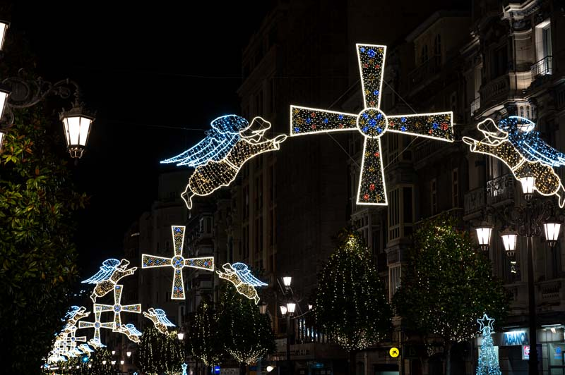 Cruz de la Victoria en la calle Uria