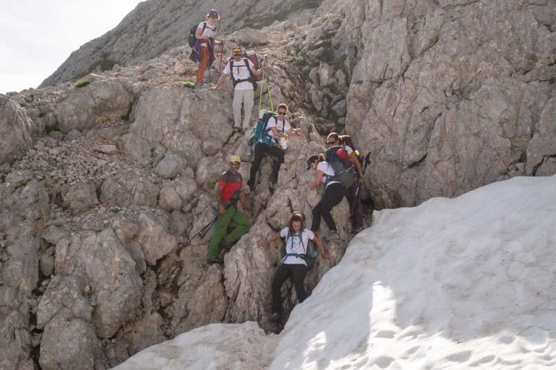 MSS Mountain supervisando la bajada del Jou de los Cabrones en el Macizo Central de Picos de Europa