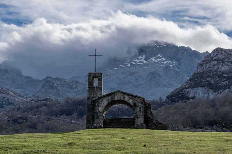 Ermita del Buen Pastor Lagos de Covadonga