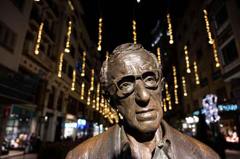 Woody Allen calle Milicias en Oviedo