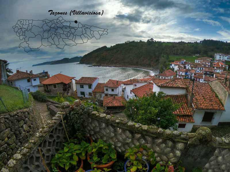 Vista de Tazones y situación en mapa de Asturias