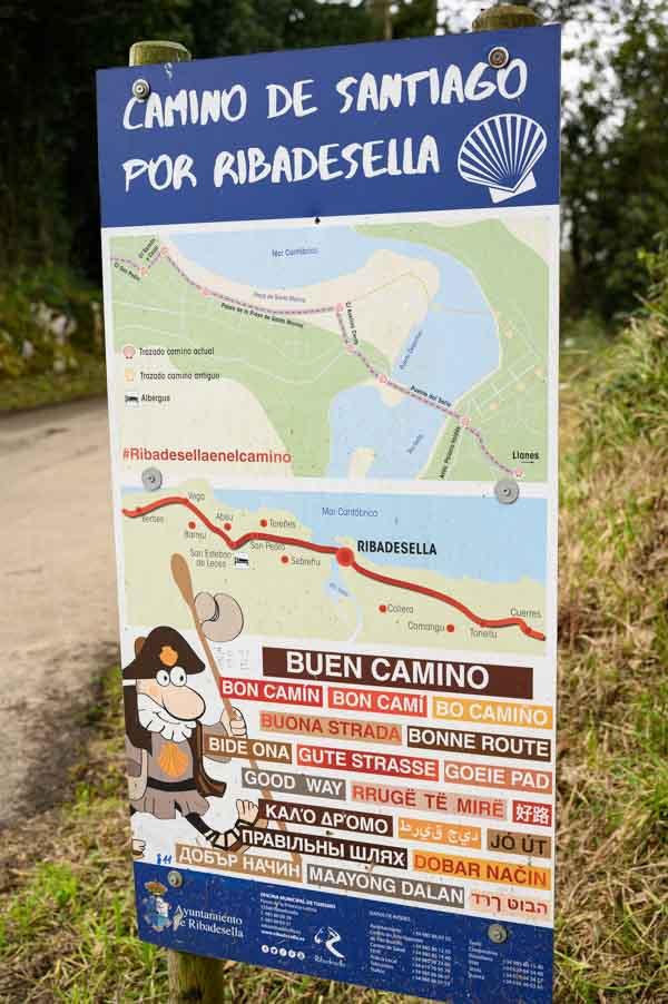 Indicacion camino santiago en ruta acantilados Infierno