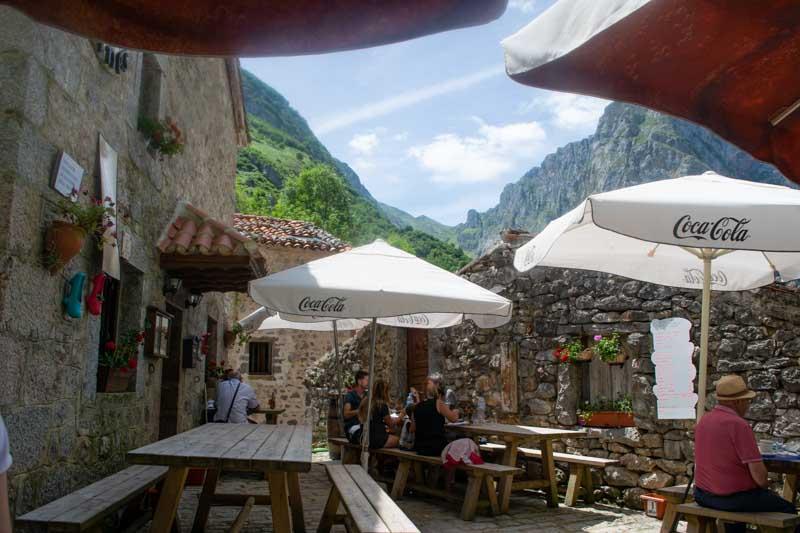 Restaurante en Bulnes, Picos de Europa Asturias