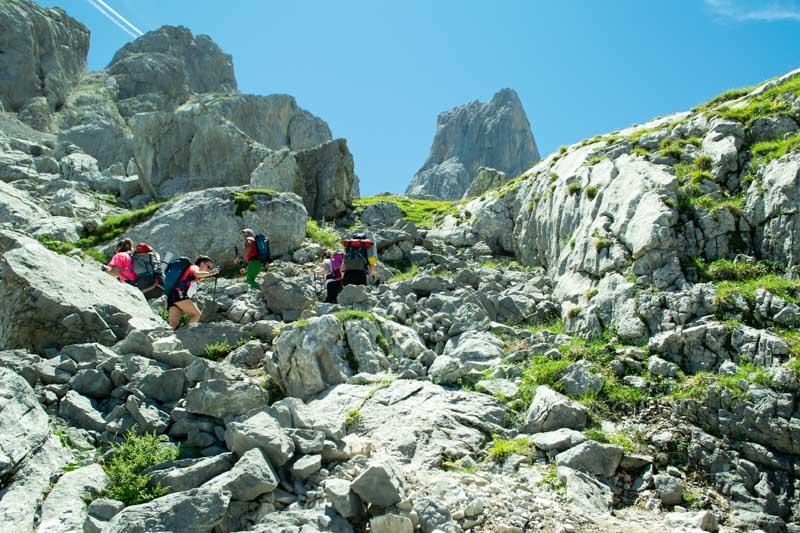 Camino a Vega de Urriellu desde Pandebano en Picos de Europa