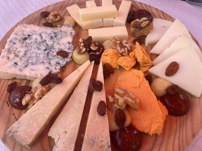 Donde comer en Sotres queso Cabrales