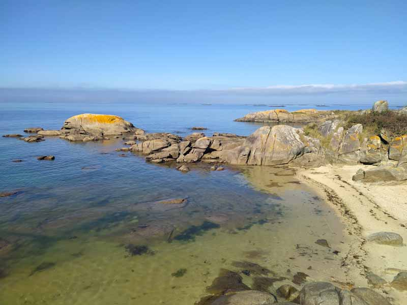 Entrada al agua para ir a islote Areoso en paddle surf o kayak