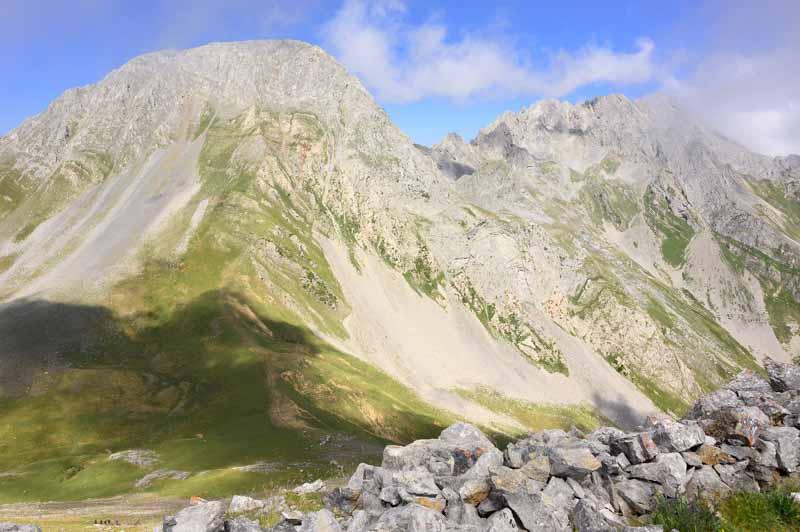 Peña Ubiña y las trincheras de Peña Cerreo, Asturias